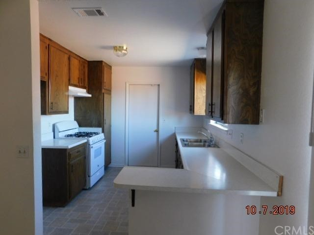 14742 Sycamore Street Hesperia CA 92345