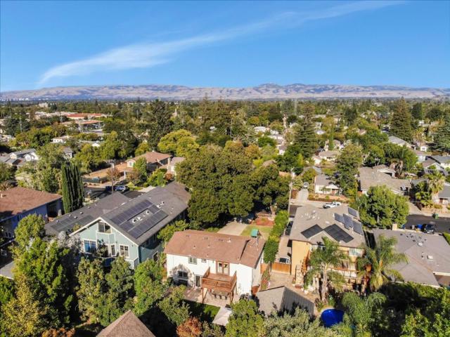 15631 Loma Vista Avenue, Los Gatos CA: http://media.crmls.org/mediaz/2623494E-A300-441A-81E5-399A1FC0CA53.jpg