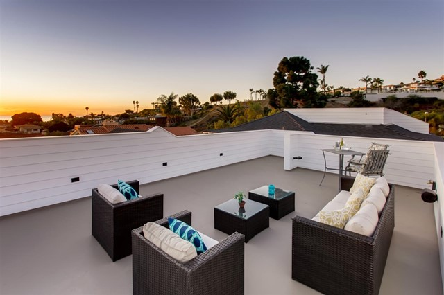 1041 Van Nuys, San Diego CA: http://media.crmls.org/mediaz/26627E93-7BE8-410A-AD7B-2C38DEA05CF8.jpg