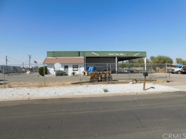 22166 US Highway 18  Apple Valley CA 92307