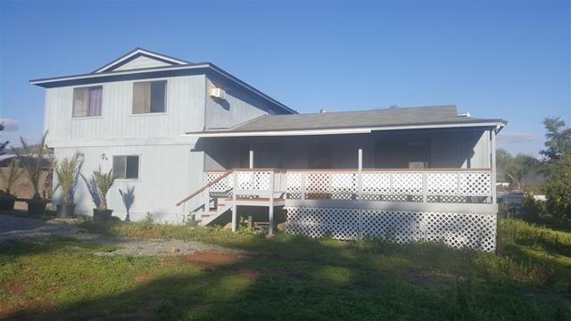 2247 COUNTRY CREEK ROAD, San Marcos CA: http://media.crmls.org/mediaz/271FDE17-98FD-42F8-B2FE-3BB370397166.jpg