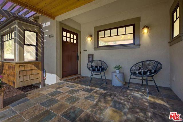1508 N Harding Avenue, Pasadena CA: http://media.crmls.org/mediaz/27C98A07-2723-455D-B295-F04CABF7C9A3.jpg