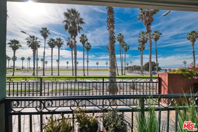 118 WADSWORTH 4 Santa Monica CA 90405