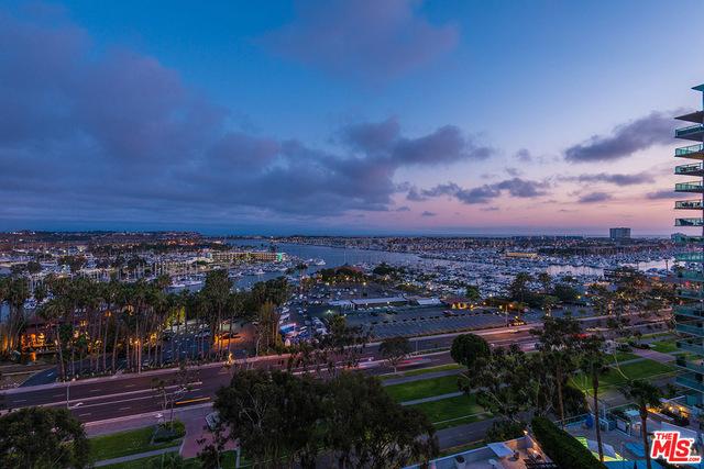 Condominium for Rent at 13650 Marina Pointe Drive Marina Del Rey, California 90292 United States