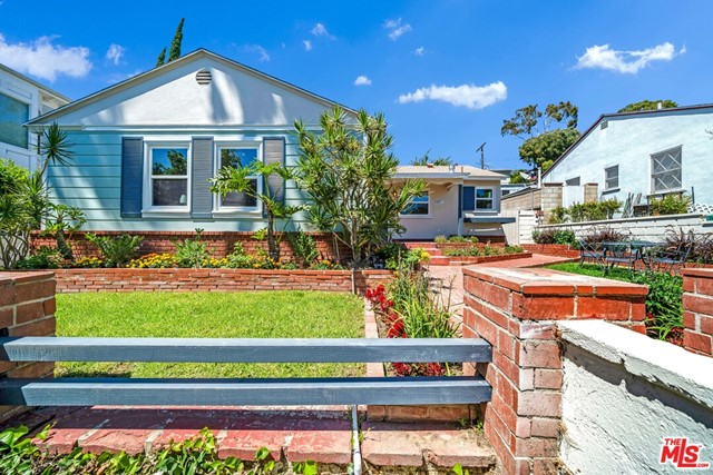 13107 Rose Ave, Los Angeles, CA 90066 photo 1