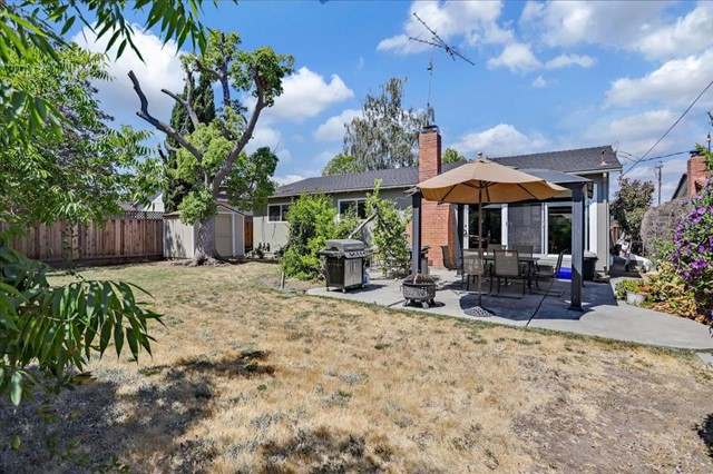 1758 Heron Avenue, Sunnyvale CA: http://media.crmls.org/mediaz/28C3644C-F0D8-462C-86F2-4CBADBF622C1.jpg