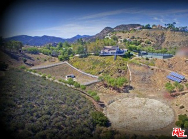 Single Family Home for Sale at 9 Mustang Lane Bell Canyon, California 91307 United States