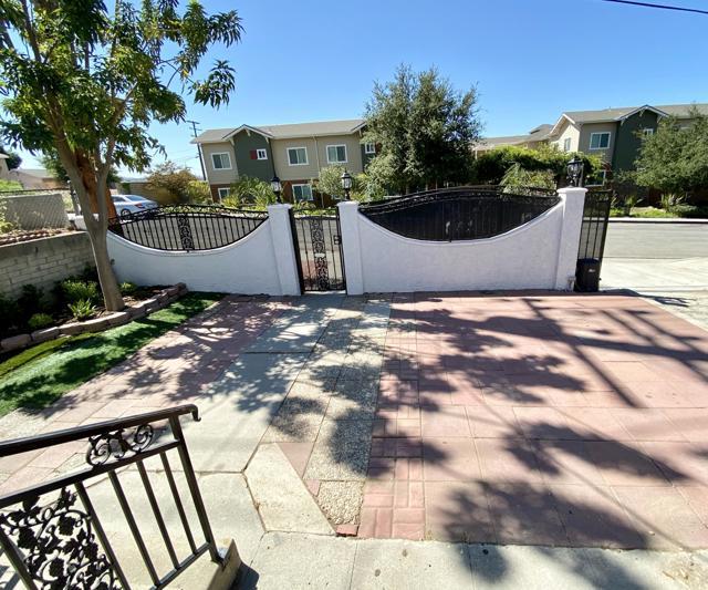 425 Charles Street, Moorpark CA: http://media.crmls.org/mediaz/29116A2C-5ED6-4116-9349-09F5B33E5A25.jpg