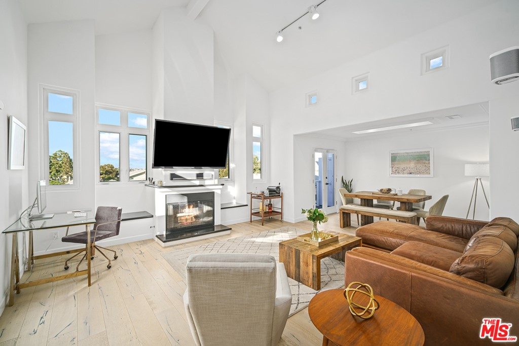 508 Pier Avenue # 1 Santa Monica CA 90405