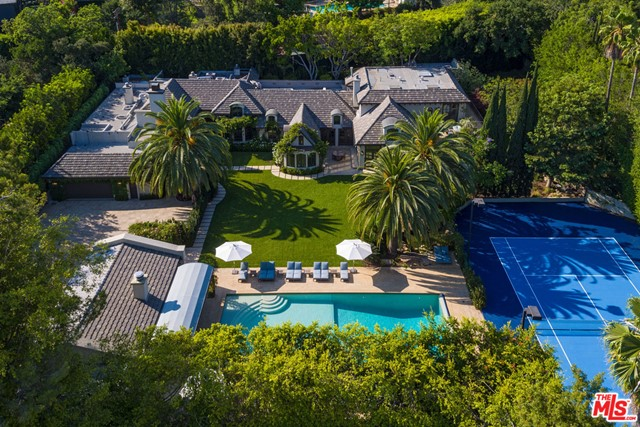 Photo of 9425 SUNSET Boulevard, Beverly Hills, CA 90210