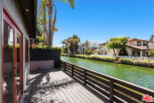 434 Howland Canal, Venice, CA 90291 photo 9