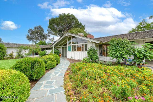 Photo of 17050 W Magnolia Boulevard, Encino, CA 91316