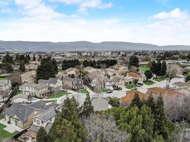 16745 Lone Hill Drive, Morgan Hill CA: http://media.crmls.org/mediaz/2AB39C6F-B309-4CF9-94B4-BEDB2B720450.jpg