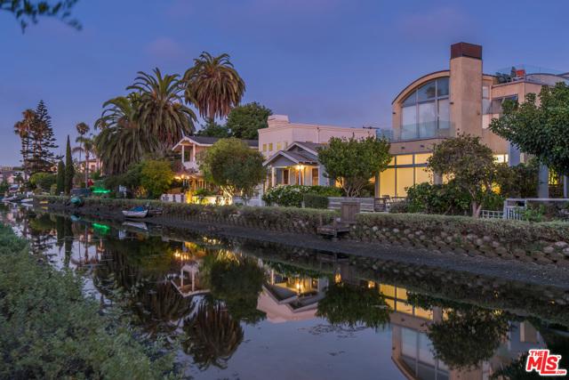 412 Howland Canal, Venice, CA 90291 photo 4