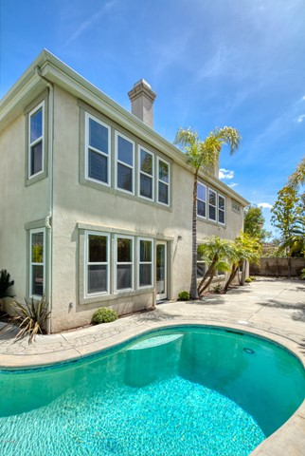 2523 Montecito Avenue, Westlake Village CA: http://media.crmls.org/mediaz/2BB9F481-B803-41D3-A454-7C984E351C83.jpg