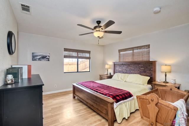660 Sabrina Terrace, Ramona CA: http://media.crmls.org/mediaz/2BBC7499-279D-4A86-B339-4FFCD7971F57.jpg