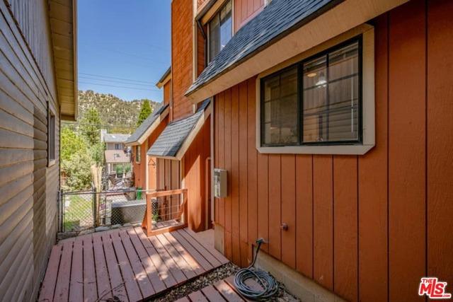 6078 Spruce Street, Wrightwood CA: http://media.crmls.org/mediaz/2C0C782E-9774-48B3-B858-C27965CAF595.jpg