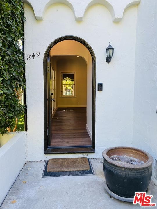 851 N West Hollywood #  West Hollywood CA 90069