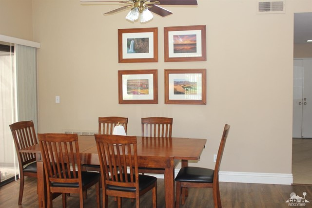 68 El Toro Drive, Rancho Mirage CA: http://media.crmls.org/mediaz/2C76BDF8-D222-42FA-ABD2-3EBC68CCCCDE.jpg