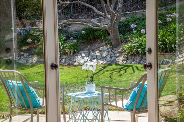 1275 Sunnycrest Avenue, Ventura CA: http://media.crmls.org/mediaz/2D4EE727-3395-4A3C-9015-344C34B41CDB.jpg