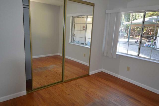 536 Hawthorn Avenue, Sunnyvale CA: http://media.crmls.org/mediaz/2DBF1C24-8E8F-4FA1-BD03-0895C0B574F2.jpg