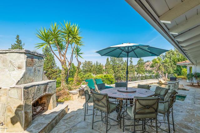 Photo of 32375 Lake Pleasant Drive, Westlake Village, CA 91361