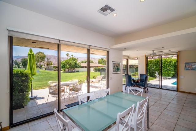 25 Columbia Drive, Rancho Mirage CA: http://media.crmls.org/mediaz/2E8435A5-AF35-43B4-9FB9-65C06CBF49A0.jpg