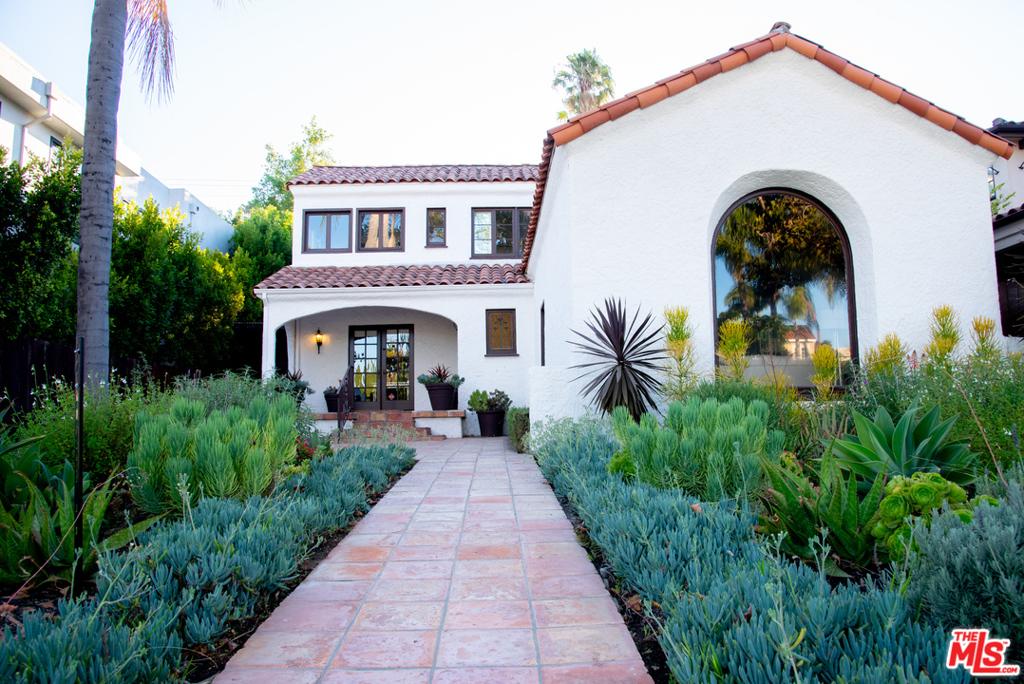 317 S Oakhurst #  Beverly Hills CA 90212