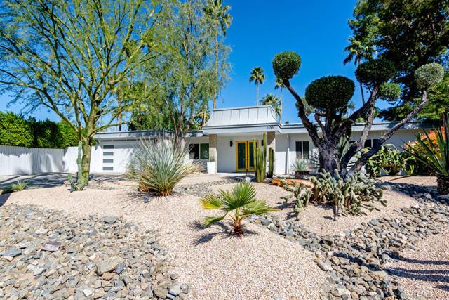 1100 San Joaquin Drive Palm Springs CA 92264