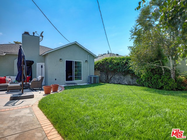 8340 Mcconnell Ave, Los Angeles, CA 90045 photo 21