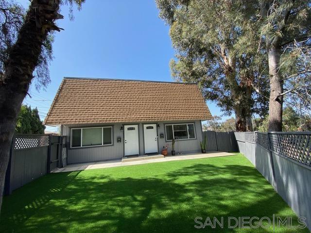 3450 52 Dwight, San Diego CA: http://media.crmls.org/mediaz/2EF05D92-3C06-4A25-BD9A-2505F7F5B2C9.jpg