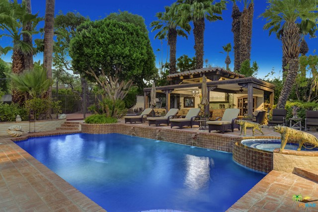 478 W Camino Sur, Palm Springs CA: http://media.crmls.org/mediaz/2FB3EA3E-2A87-4A11-B83D-D5B8CCFDFEB6.jpg
