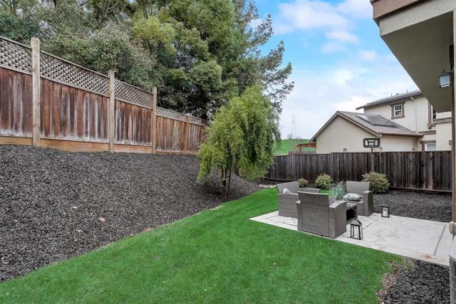 16745 Lone Hill Drive, Morgan Hill CA: http://media.crmls.org/mediaz/306AA621-B6AC-4A05-BBFC-AE0645832B24.jpg