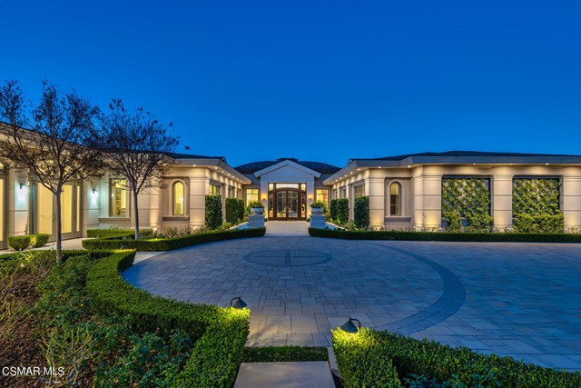 Photo of 1300 Woodland Grove Court, Westlake Village, CA 91362