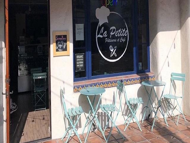 78010 Main Street, La Quinta CA: http://media.crmls.org/mediaz/307D1110-BE6F-4FB0-9B67-2780C3B0AE06.jpg