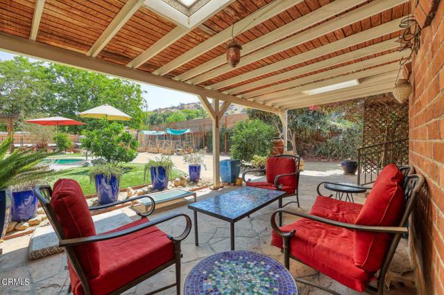 9716 Helen Avenue, Shadow Hills CA: http://media.crmls.org/mediaz/309B486B-743A-4CC6-957D-AF1FD7D122E8.jpg