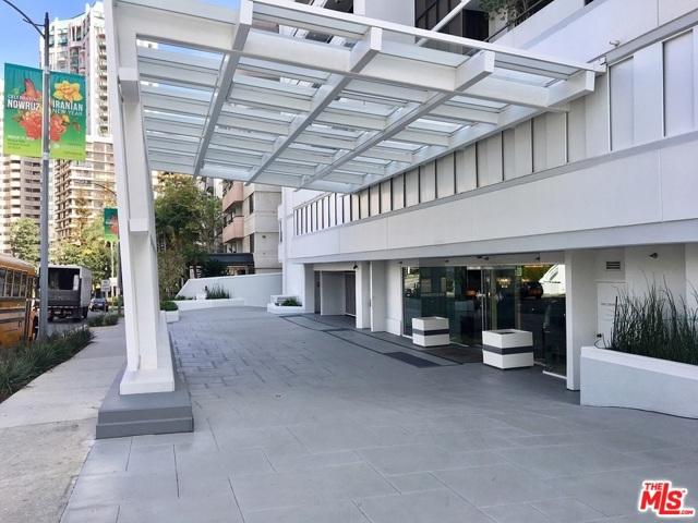 10660 Wilshire Boulevard, Los Angeles CA: http://media.crmls.org/mediaz/311C559C-CFA6-485E-ABC3-BA153BFD961E.jpg