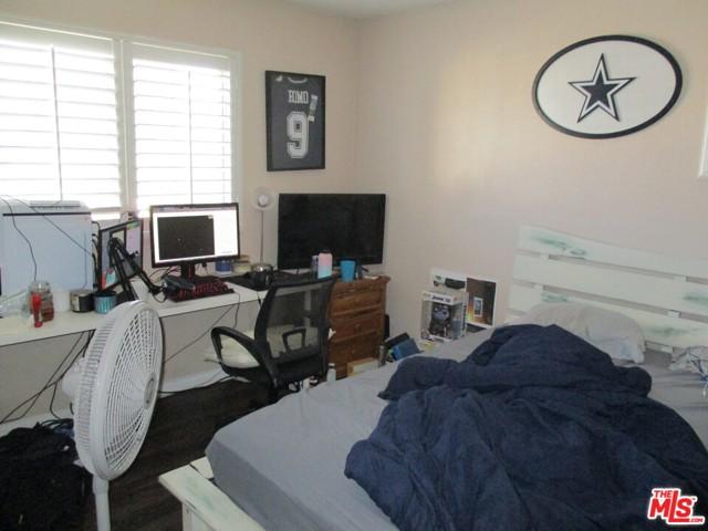 27185 Ocean Dunes Street, Moreno Valley CA: http://media.crmls.org/mediaz/3144DA21-0F78-4A74-A412-C3EEE5F1B4FE.jpg