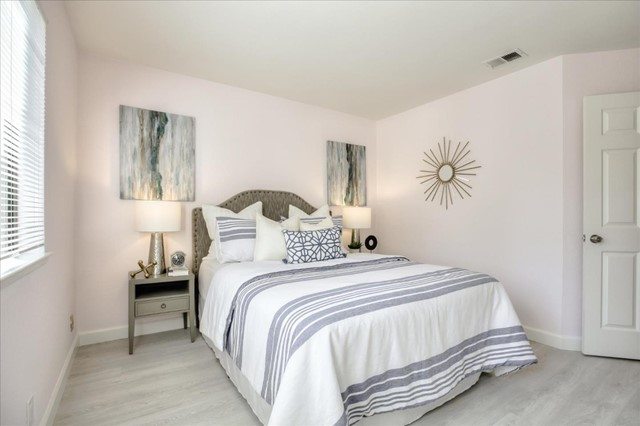 1391 Meadow Ridge Circle, San Jose CA: http://media.crmls.org/mediaz/31DE56F4-FA72-4831-A75A-2D2CDF4830AE.jpg