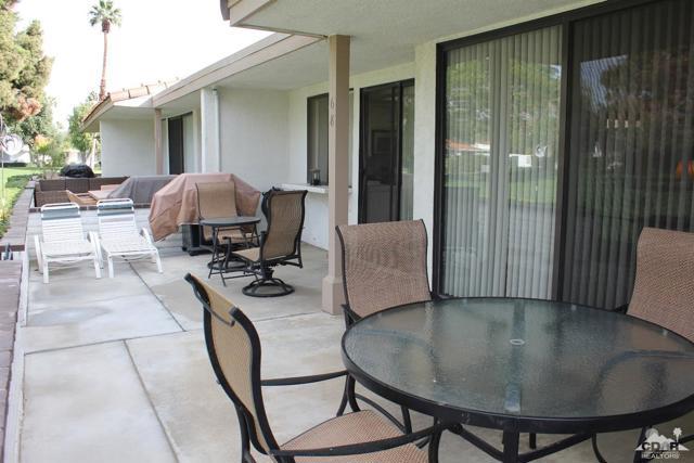 68 El Toro Drive, Rancho Mirage CA: http://media.crmls.org/mediaz/31EE886A-2F6C-46D4-BB39-8F8C8047D282.jpg