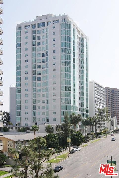 10380 Wilshire Boulevard, Los Angeles CA: http://media.crmls.org/mediaz/333D38D0-A914-4F98-8412-F507AE2D59D6.jpg