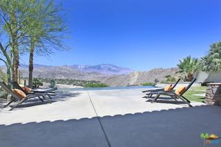 1 MOUNT SAN JACINTO Circle, Rancho Mirage CA: http://media.crmls.org/mediaz/33675168-0943-4D13-80F4-D45903672412.jpg