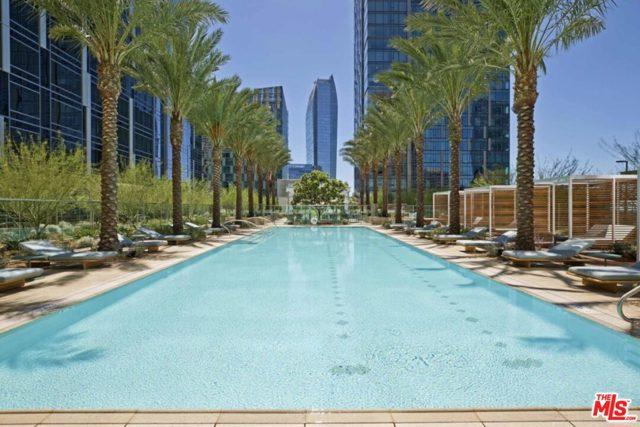 1000 W 8th Street, Los Angeles CA: http://media.crmls.org/mediaz/33972D12-E921-4B06-BF19-FEBF7398A921.jpg