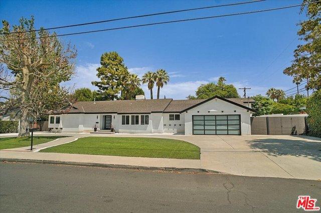 Photo of 5360 Amestoy Avenue, Encino, CA 91316