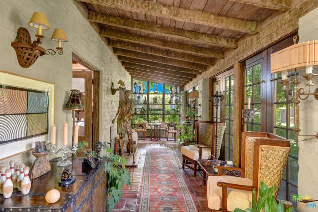 478 W Camino Sur, Palm Springs CA: http://media.crmls.org/mediaz/33D354DE-9356-41F7-8F61-F0B88CBBA683.jpg