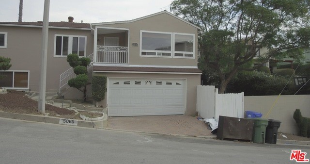 Single Family Home for Sale at 5060 Inaglen Way Los Angeles, California 90043 United States