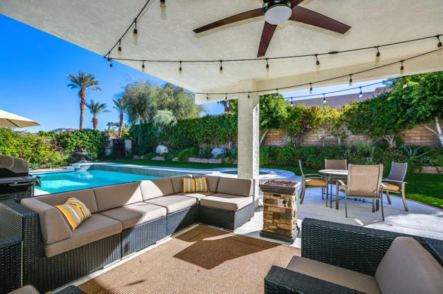 72711 Homestead Road, Palm Desert CA: http://media.crmls.org/mediaz/340DC14F-2FE6-4C10-88FF-D9D8D1A9FD6A.jpg