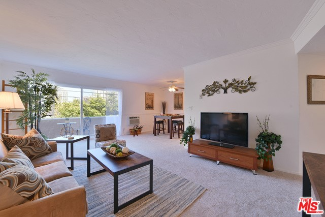 10655 KINNARD Avenue # 304 Los Angeles CA 90024