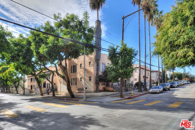 Single Family for Sale at 967 Madison Avenue N Los Angeles, California 90029 United States