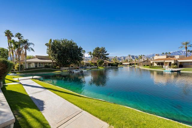 212 Desert Lakes Drive, Rancho Mirage CA: http://media.crmls.org/mediaz/349EF24A-23D8-4675-BC26-134D838D1297.jpg